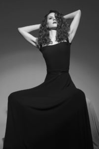 black and white-portrait-woman-dress